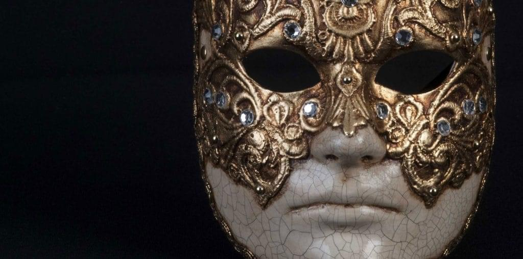 A Filmmaker Recuts Kubrick's Eyes Wide Shut image